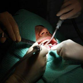 Во Франции «стоматолога-мясника» осудили на восемь лет